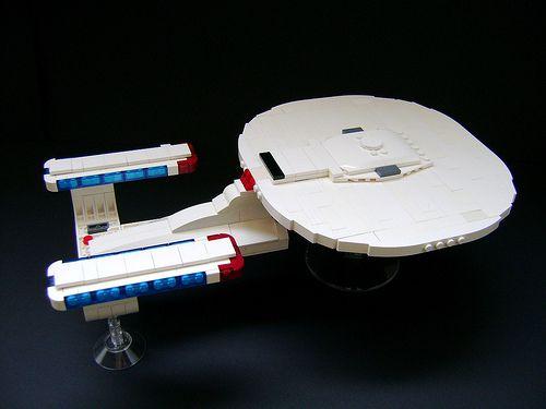starship-enterprise-lego-design-image