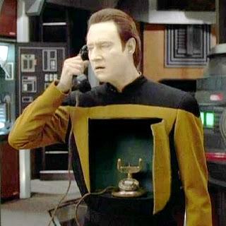 Adivina la serie... Data_phone1